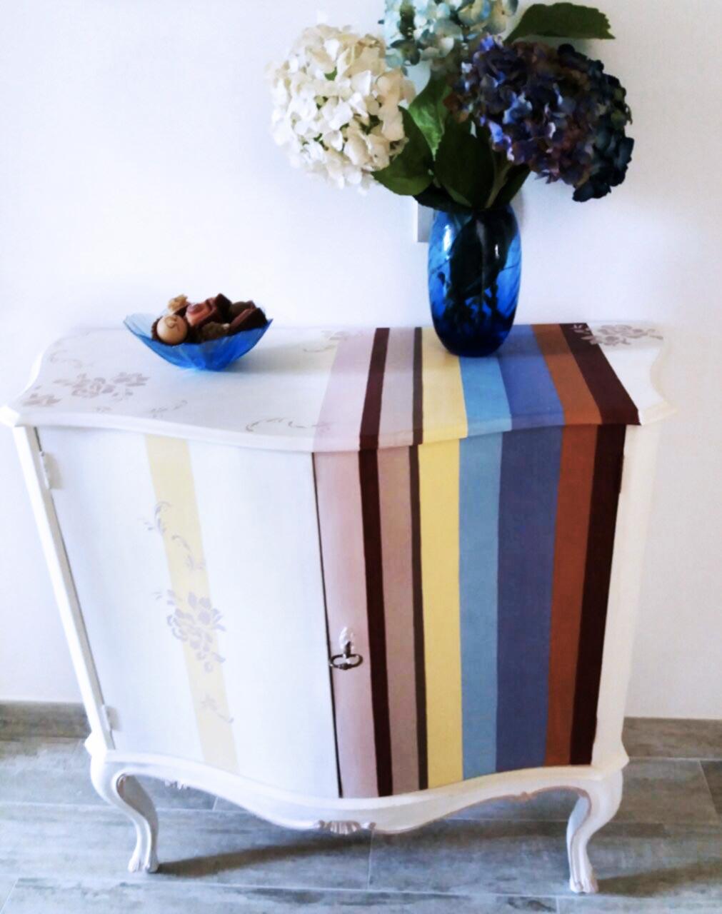 decorazione-mobili-genova-pittura-dipingere-restaurare-mobili